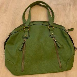 Bueno Handbag green leather w/ outside zippers
